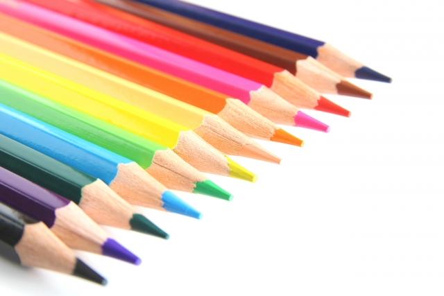アパレルのおすすめ資格「色彩検定」